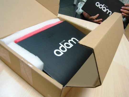 Adam - scatola