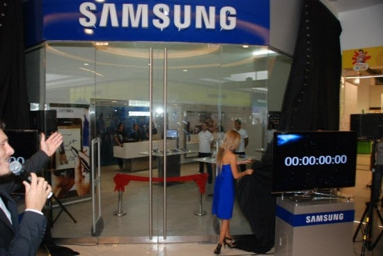 samsung-galaxy-store-550x369