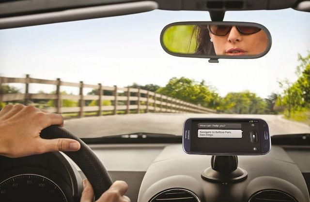 Galaxy S III Car Dock