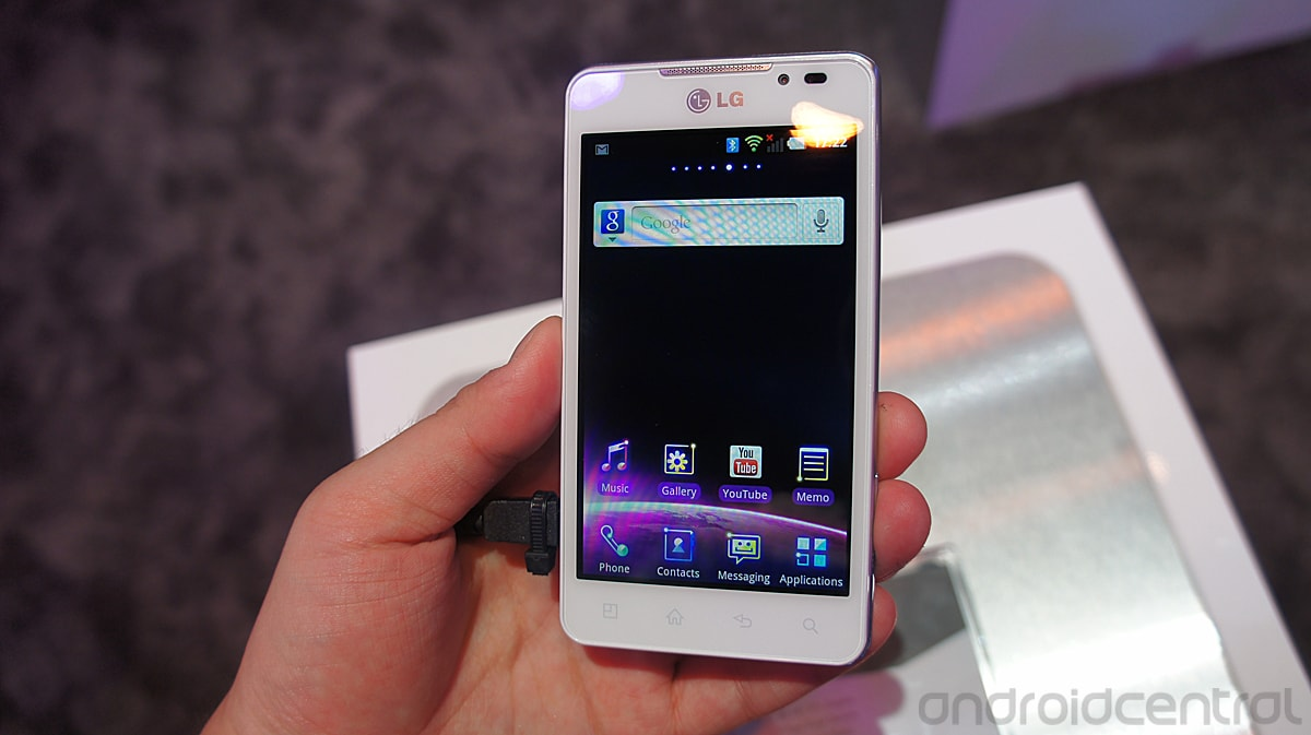 LG Optimus 3D Maz bianco