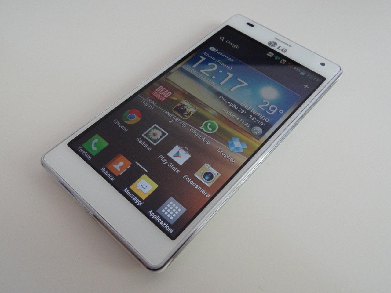LG Optimus 4X HD foto reali 07