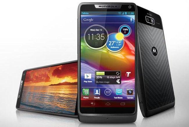 Motorola-RAZR-M-smartphone1