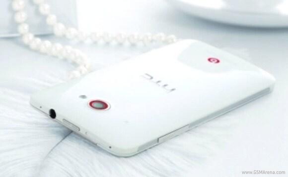 HTC DLX Deluxe (2)