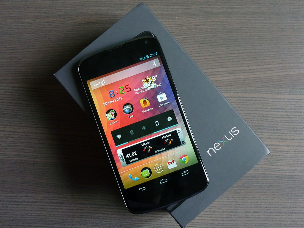 nexus 4 box