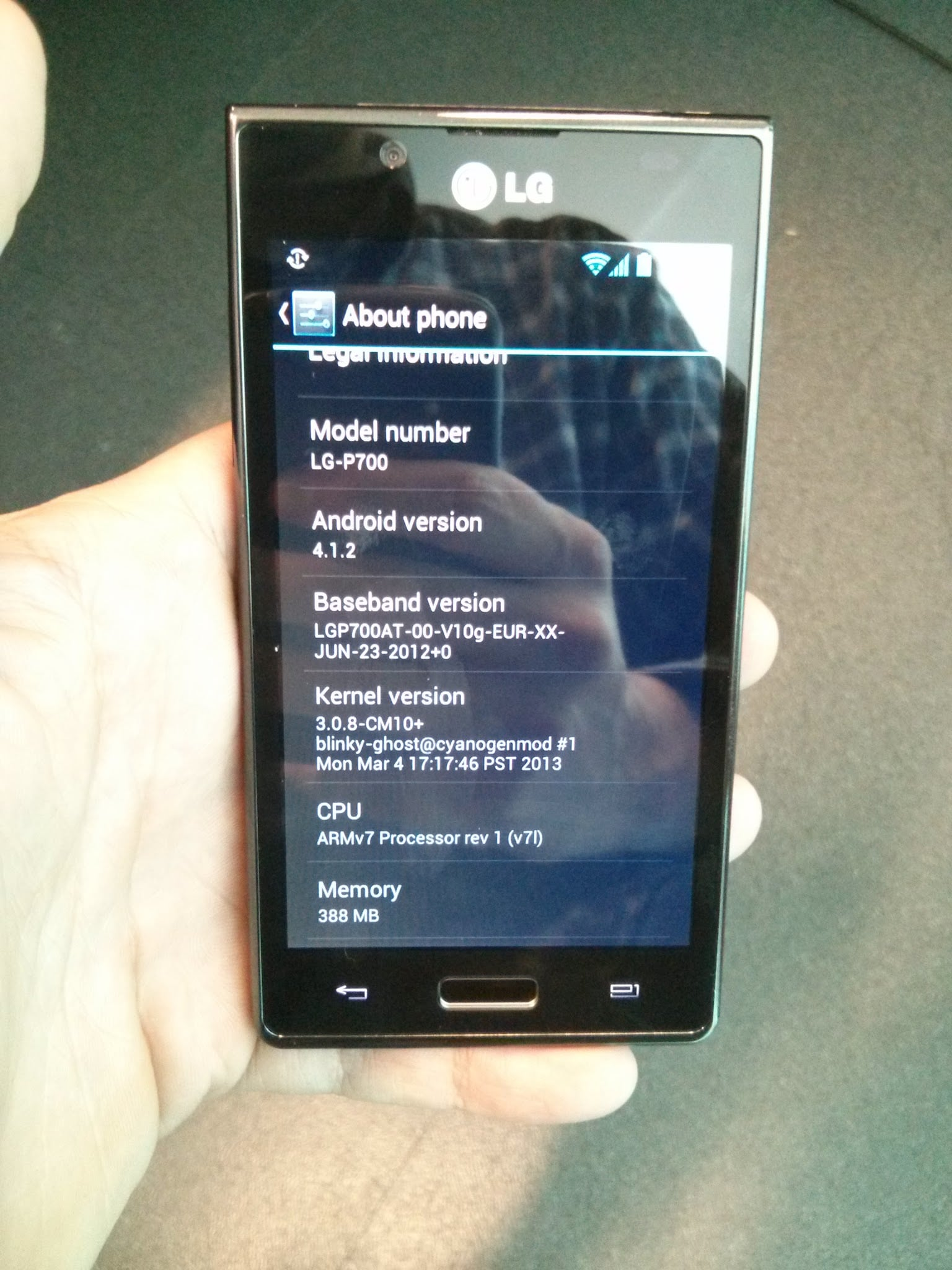 Ecco la prima nightly di CyanogenMod 10 per LG Optimus L7