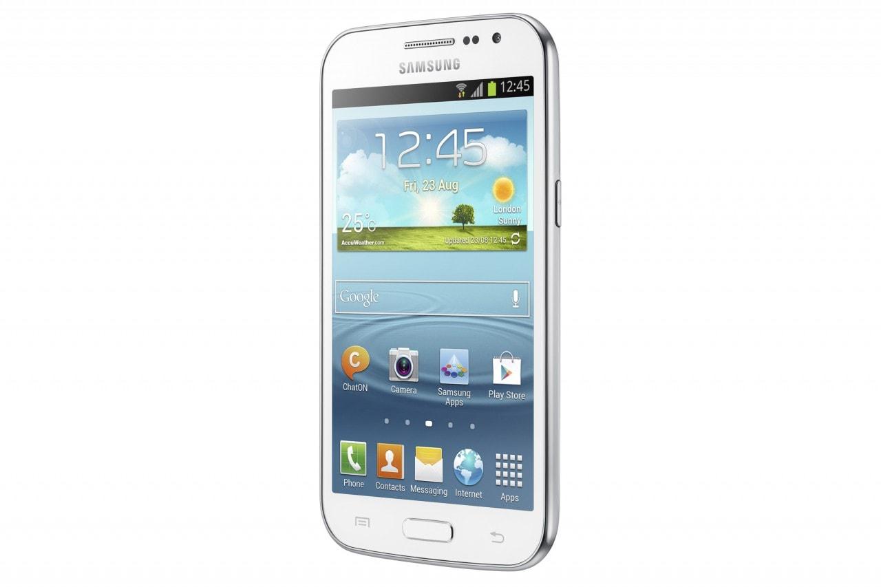 """Samsung annuncia il Galaxy Win: un 4,7"""" quad-core per la fascia media"""