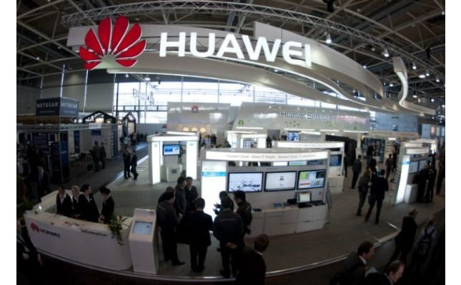 Huawei-booth[1]