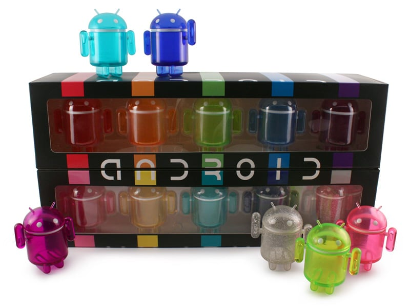Android_Rainbow_BoxOpen_WithFigures_800