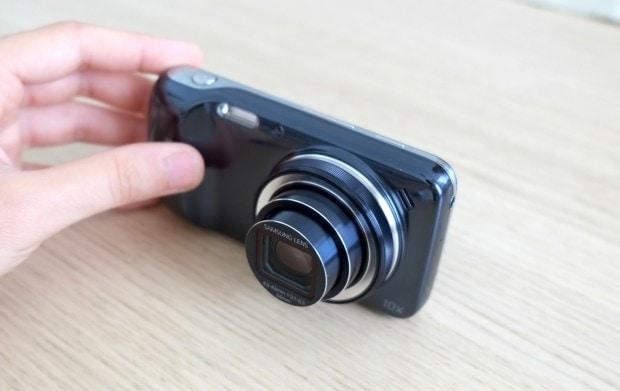 Samsung Galaxy S4 Zoom 10