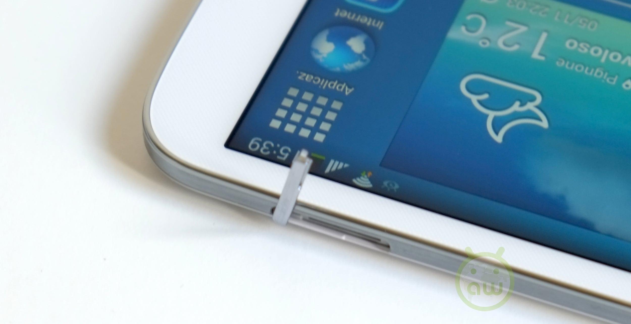 Samsung Galaxy Tab 3 8.0 13