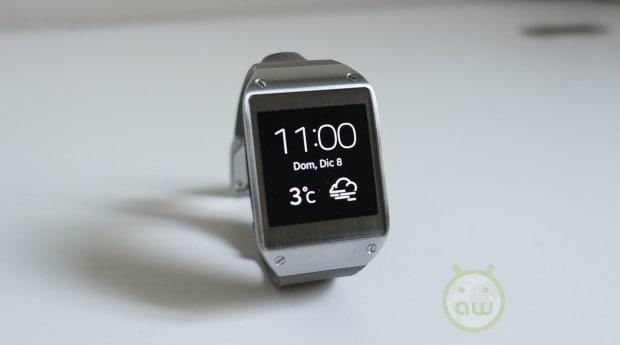 Samsung Galaxy Gear 01