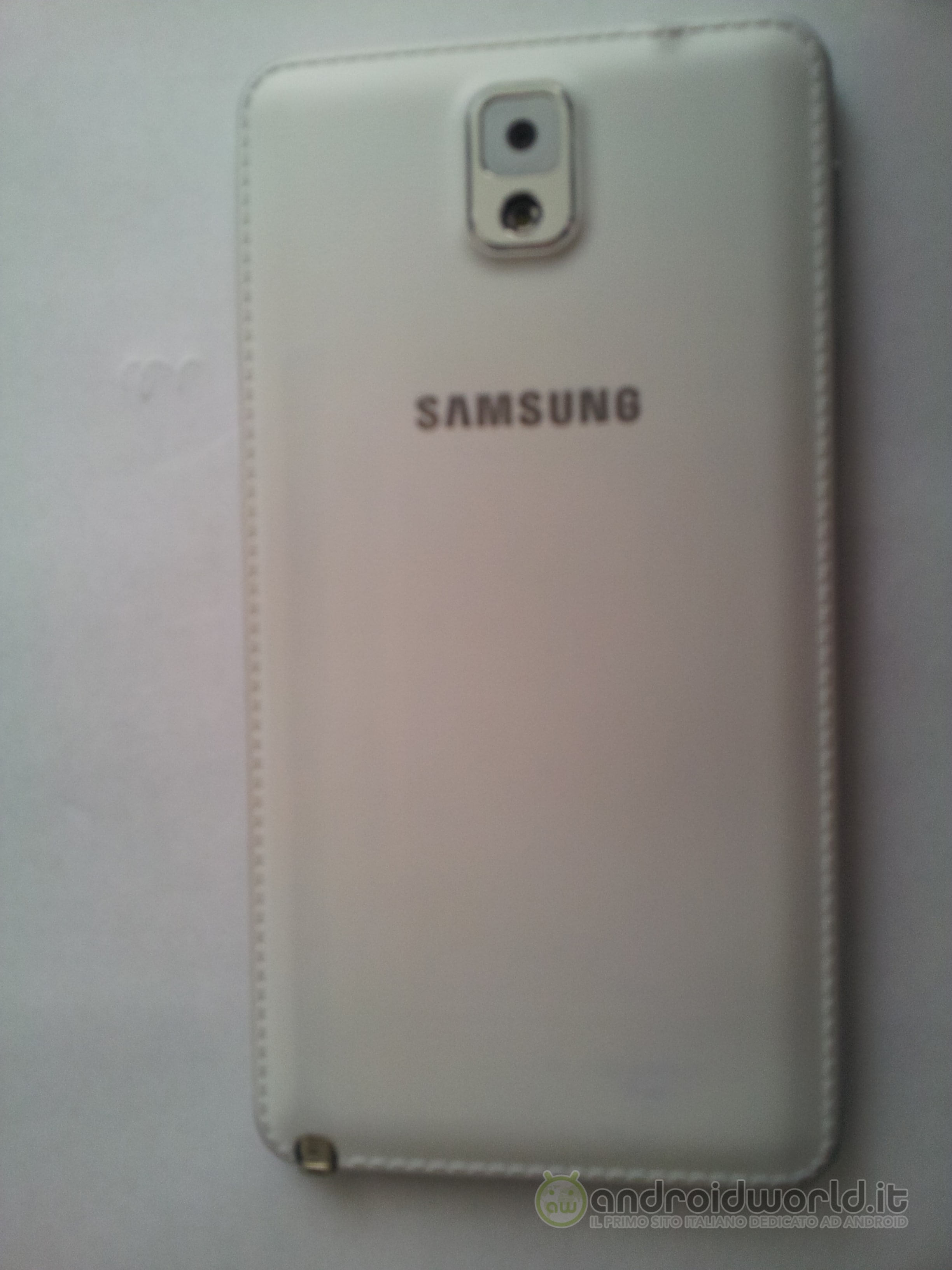 Galaxy Note 3 Fake 03