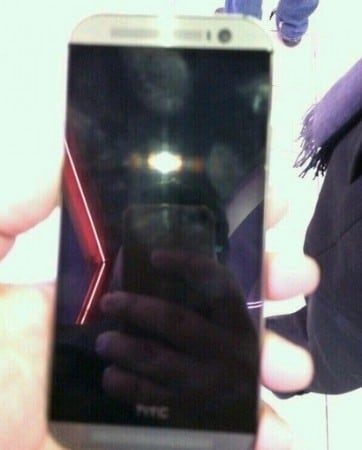 HTC One metallo