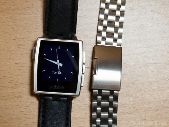 Pebble Steel, ecco un primo video unboxing dello smartwatch di acciaio