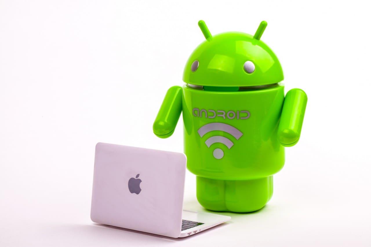 """Apple si lamenta: """"noi rimborsiamo gli acquisti in-app, ma Google no"""""""