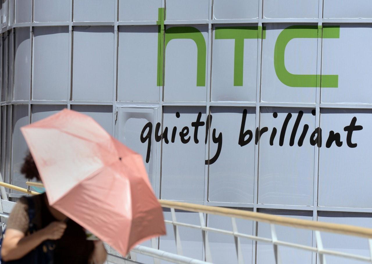 HTC al lavoro non su uno solo ma su tre nuovi dispositivi indossabili