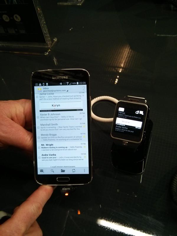 Leggere più velocemente con Galaxy S5? Possibile grazie a Spritz (foto)