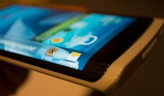 Ancora conferme per Huawei Mate 20 Pro: lo schermo curvo potrebbe essere realtà