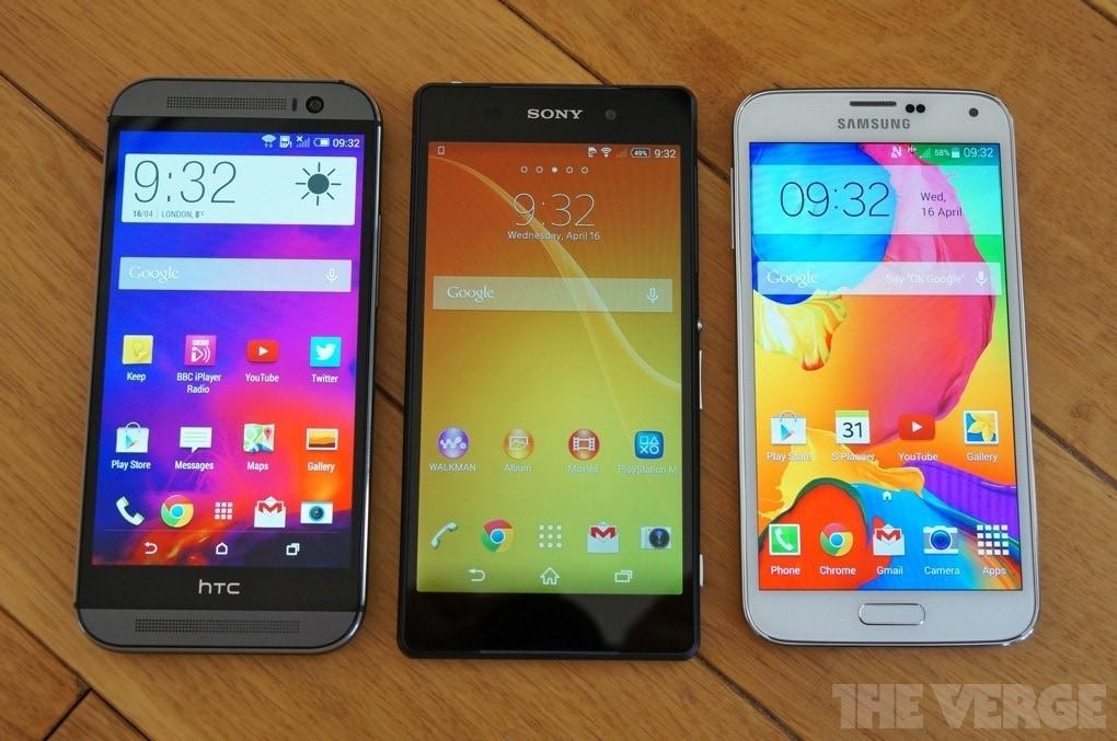 HTC One (M8), Sony Xperia Z2 e Samsung Galaxy S5 immortalati fianco a fianco (foto)