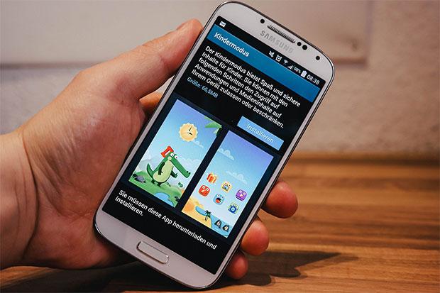 Samsung Galaxy S4 si aggiorna in Germania: KNOX e modalità per bambini