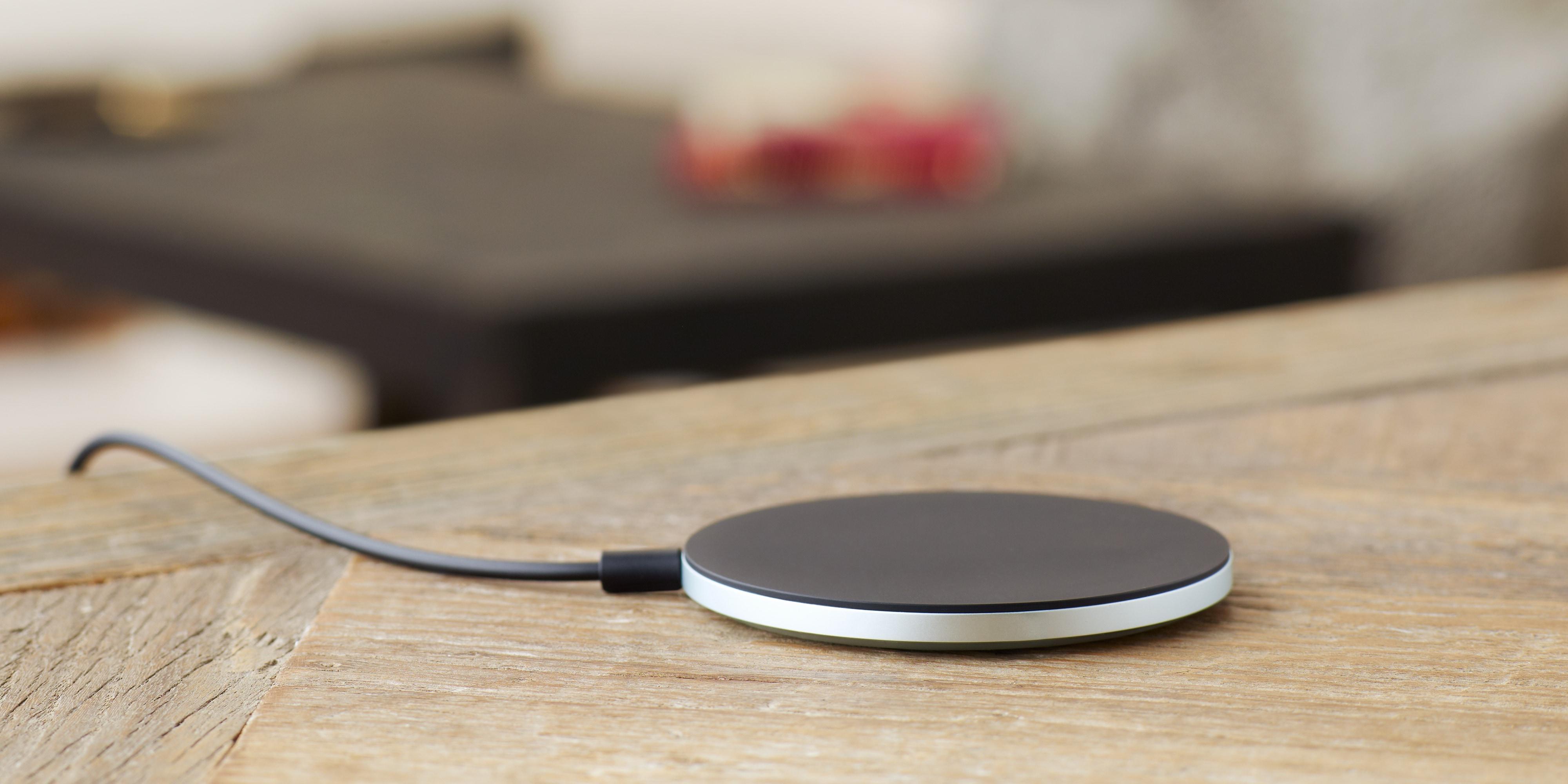 Sony-Wireless-Charging-Plate-WCH10_3