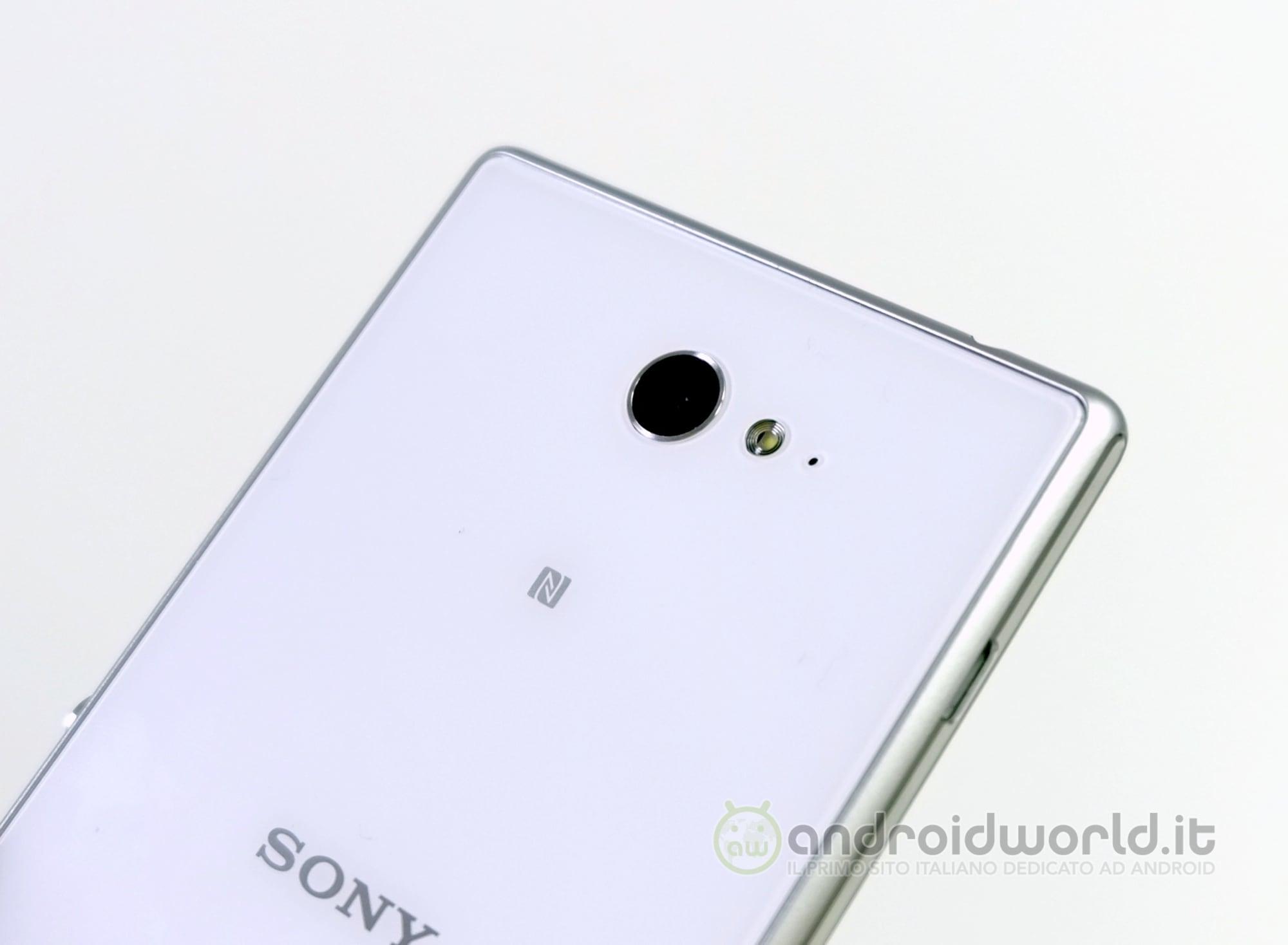 Sony Xperia M2, il nostro unboxing (foto e video) | Foto 1 di 10