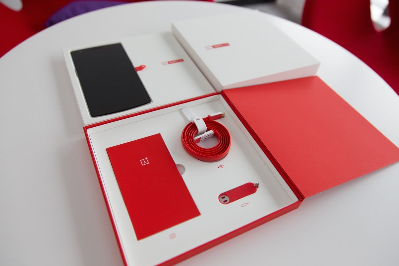Unboxing ufficiale OnePlus One 7