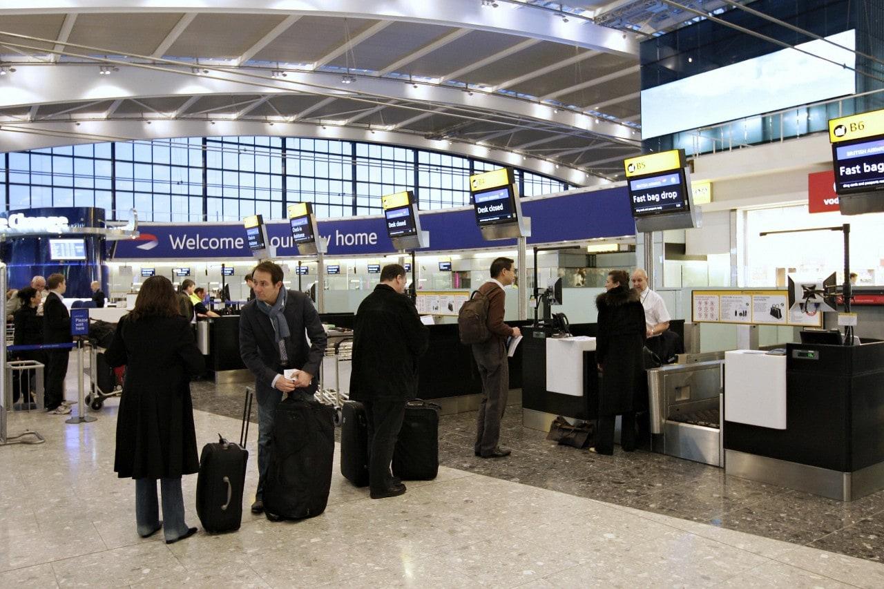 """Samsung ribattezza il terminal 5 di Heathrow: """"Terminal Samsung Galaxy S5"""""""