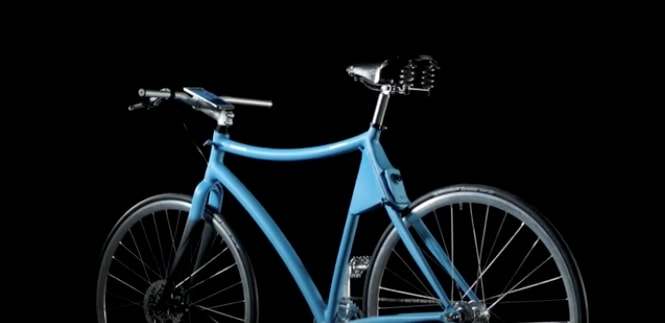Giovanni Pelizzoli costruisce la smart bike di Samsung (video)