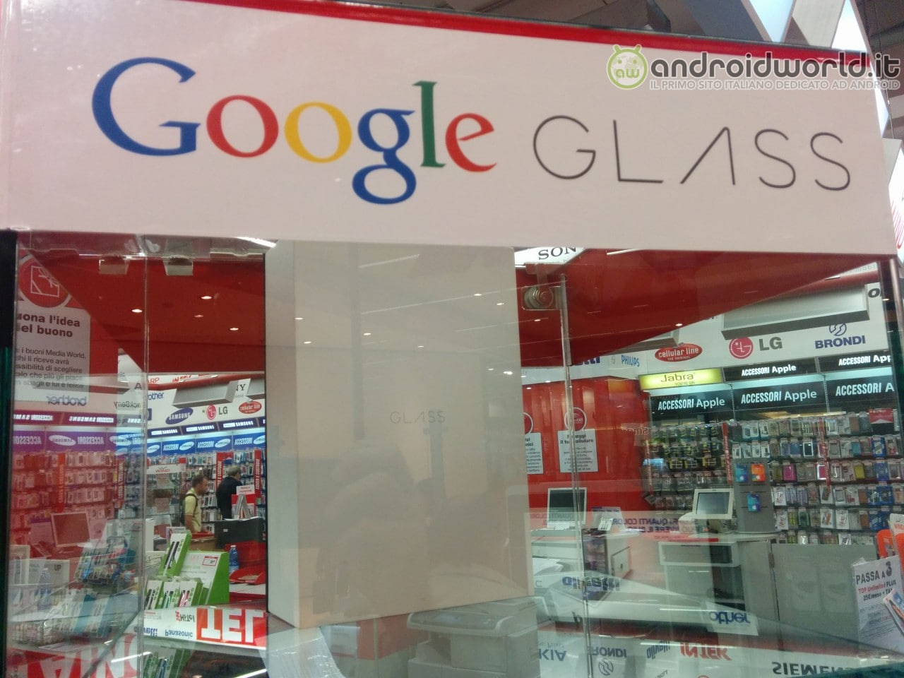 I Google Glass in vendita da MediaWorld in Italia per 2.000€ (aggiornato)