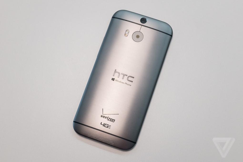 HTC One (M8) diventa uno smartphone Windows Phone 8.1, ma solo con Verizon (foto)