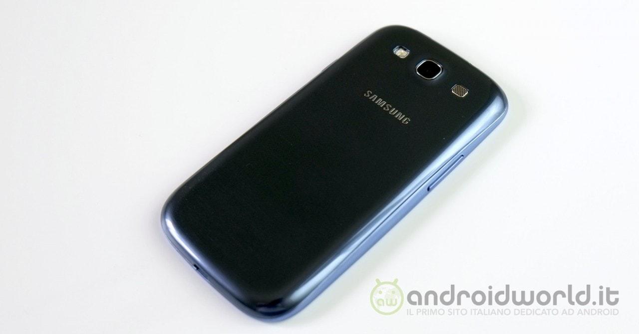 Samsung Galaxy S III Neo 6