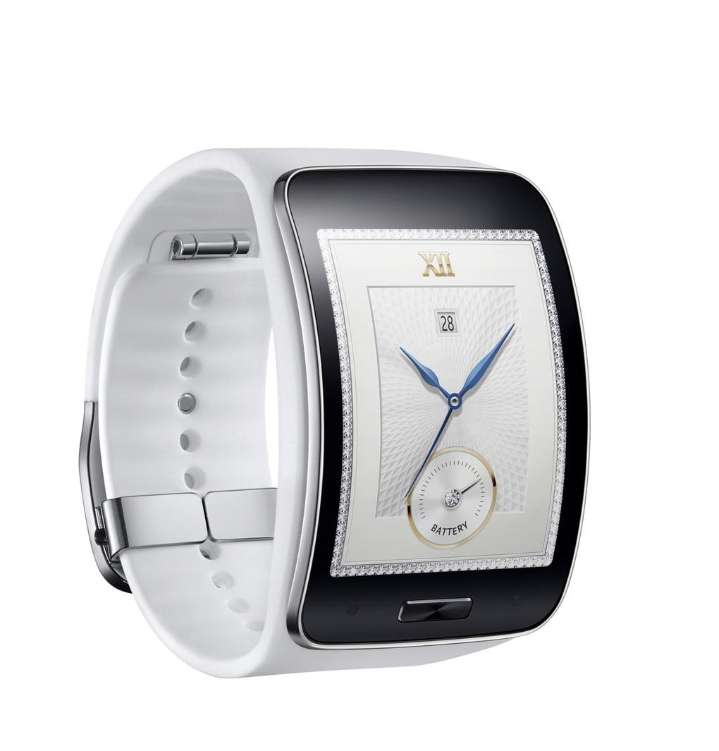 Samsung Gear S ufficiale: niente Android Wear, ma display curvo e supporto 3G (foto)