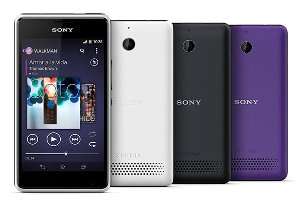 xperia-E1-play-it-loud-02-600-2f0e5838cbdb4ce84cebd4a47dcc8901