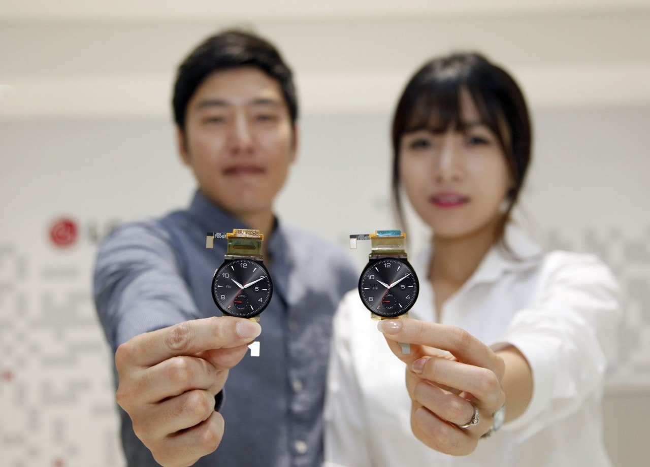 LG ha iniziato la produzione degli schermi circolari per il G Watch R