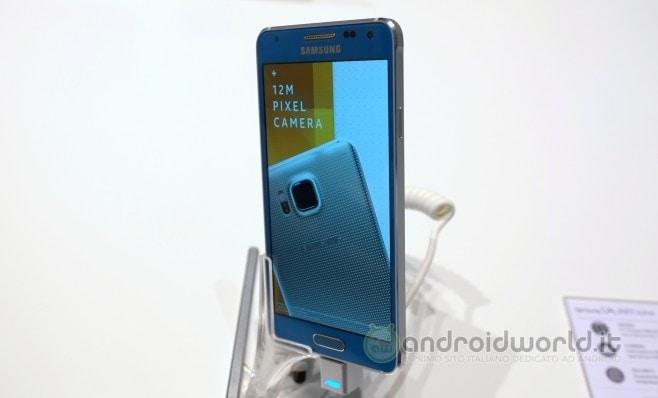 Samsung Galaxy Alpha anteprima 01