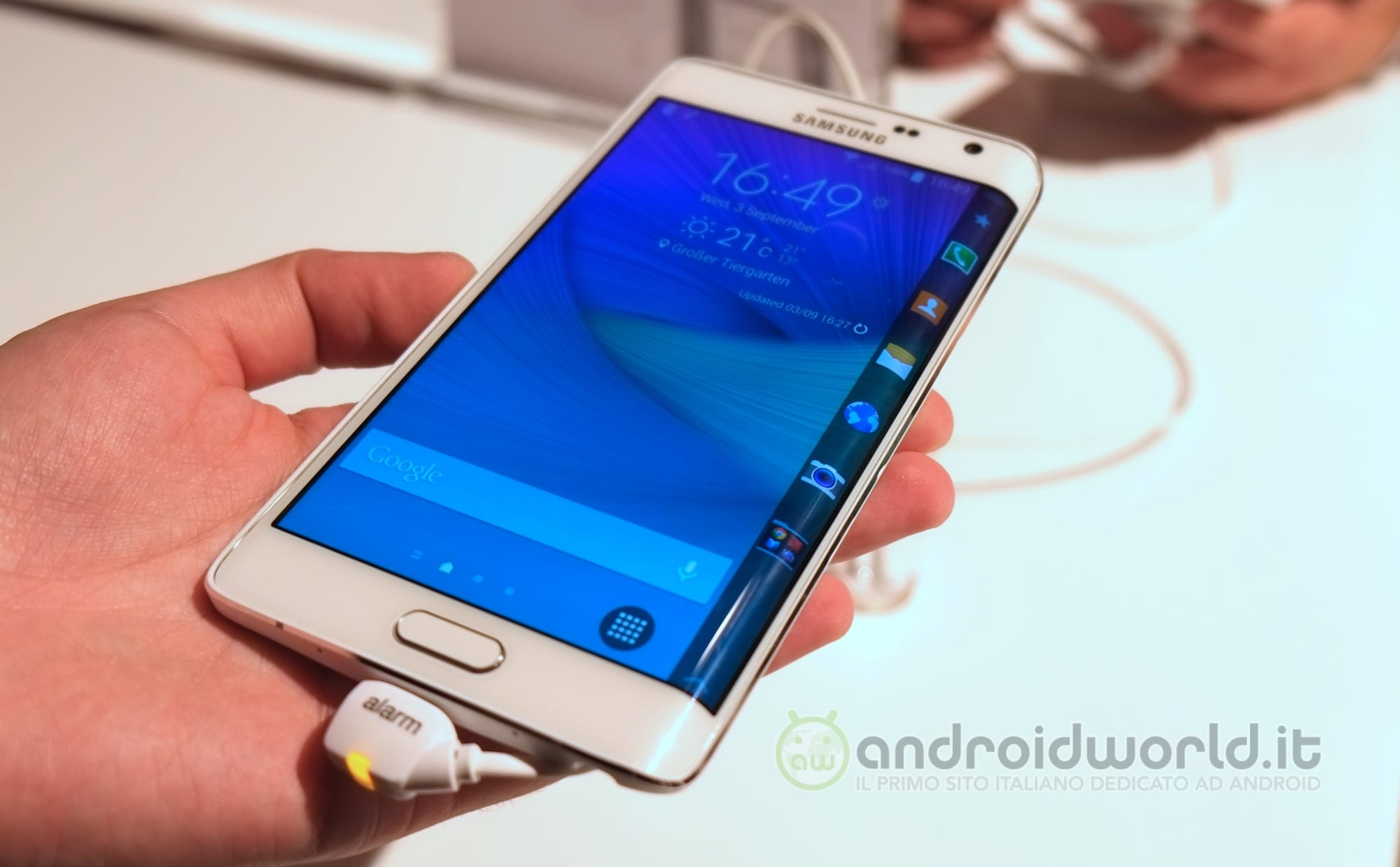 Samsung Galaxy Note Edge 04