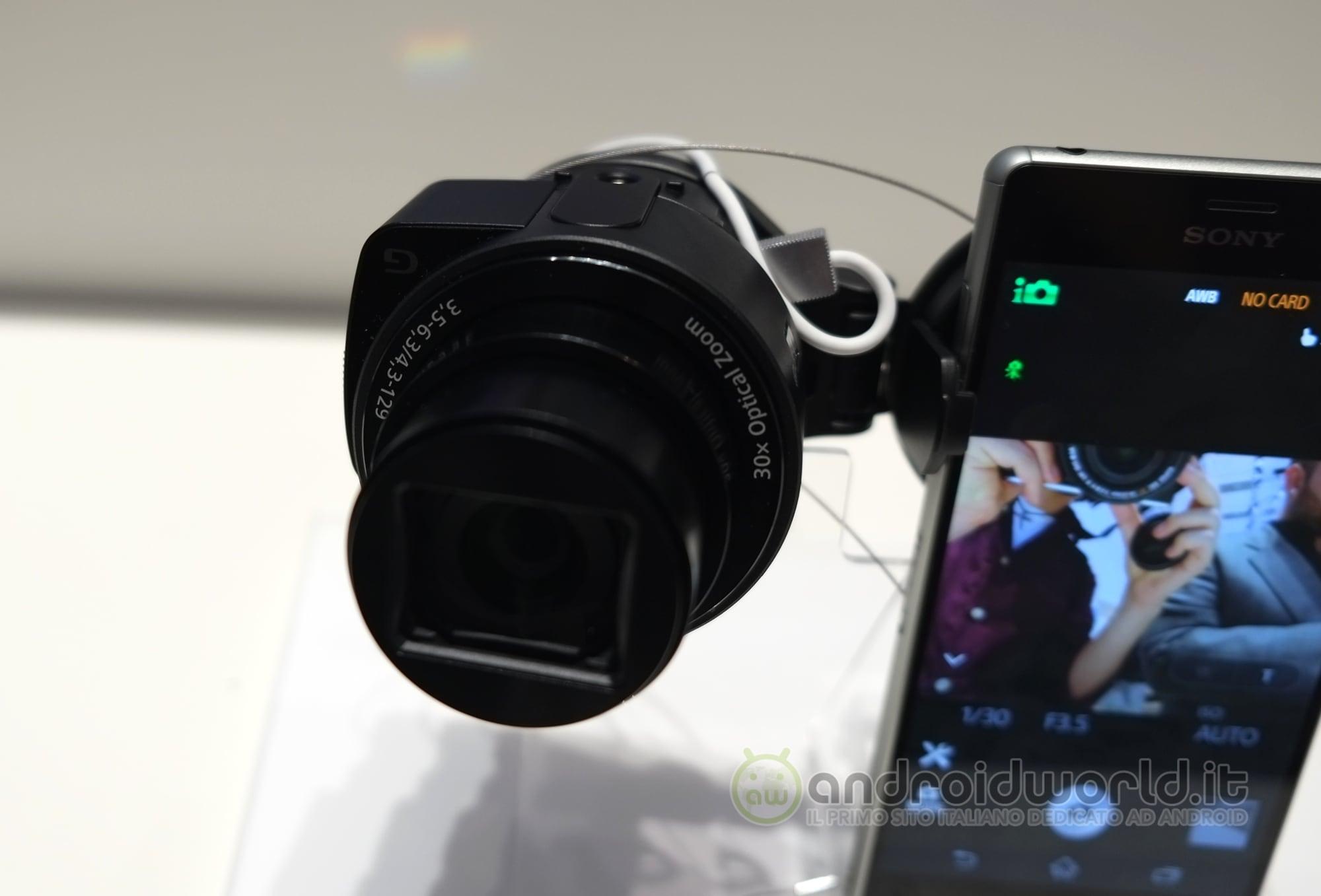 Sony QX anteprima 15