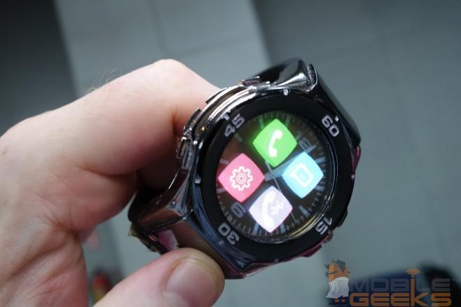 Halo-Smartwatch-02