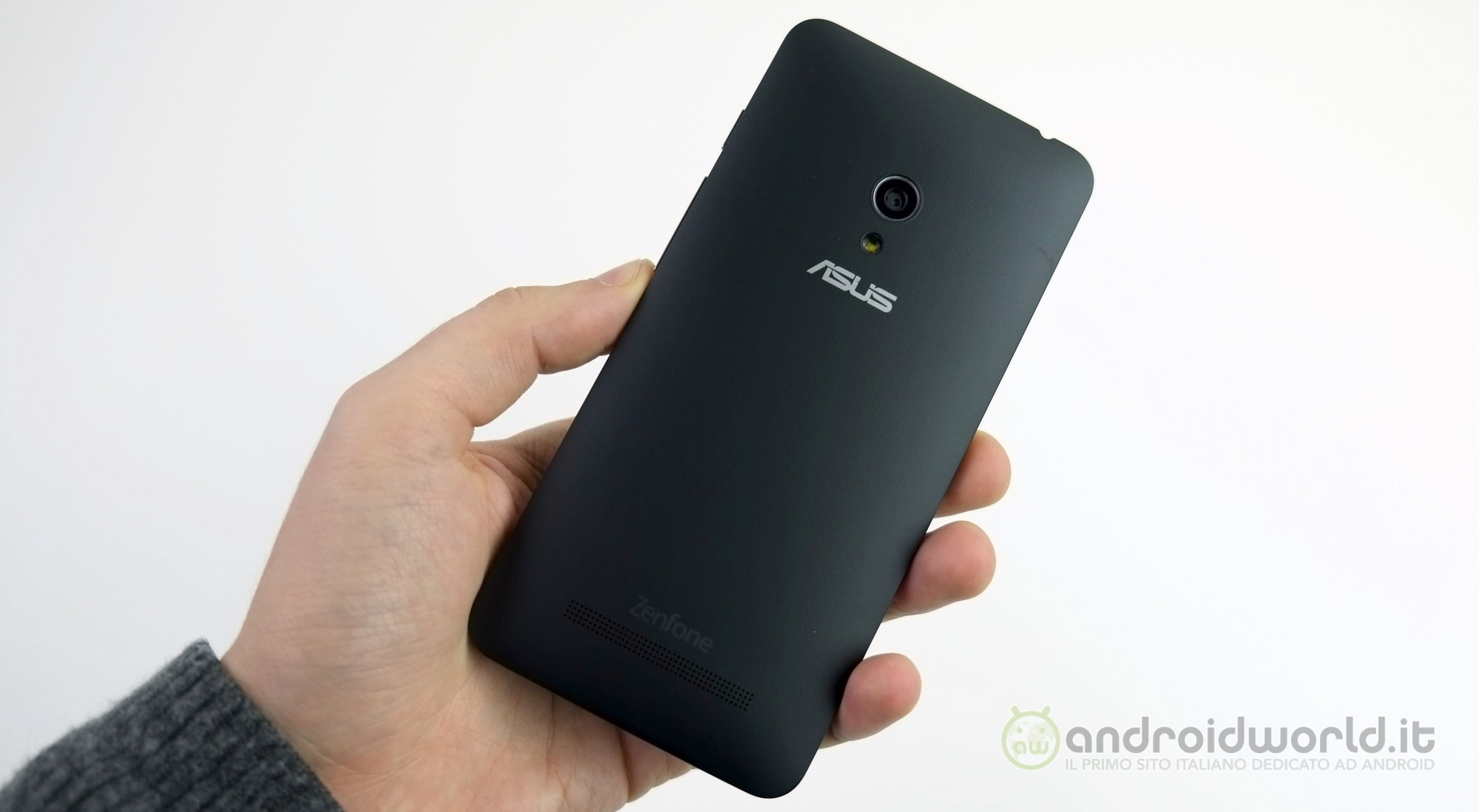 Asus Zenfone 5 4g La Recensione Foto E Video Foto 1 Di 8