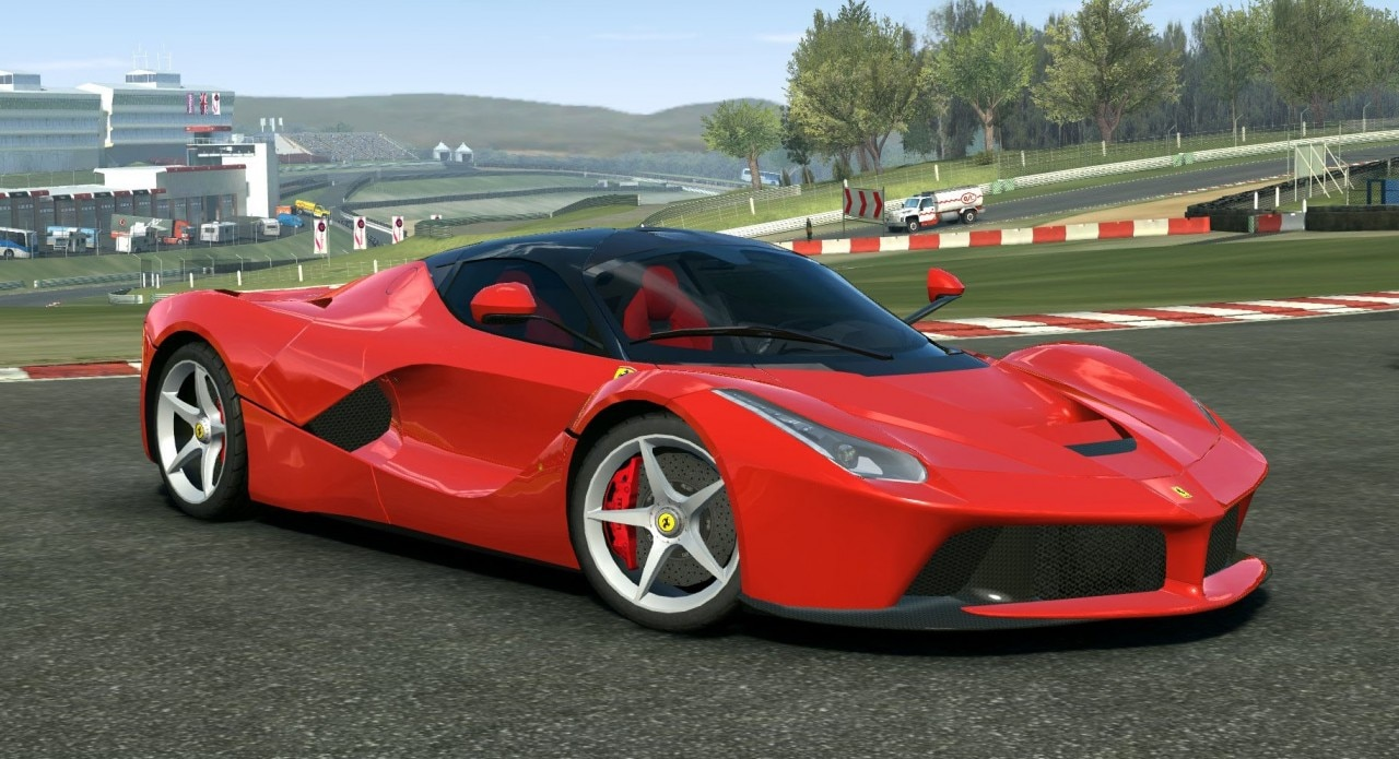 Real Racing 3 si aggiorna con una nuova Ferrari, due Maserati e altre novità (foto)