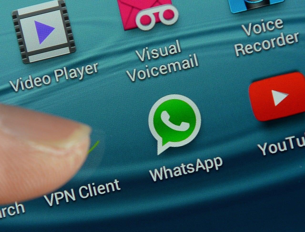 WhatsApp col pugno di ferro: bannati tutti gli utenti di WhatsApp+ (aggiornato)