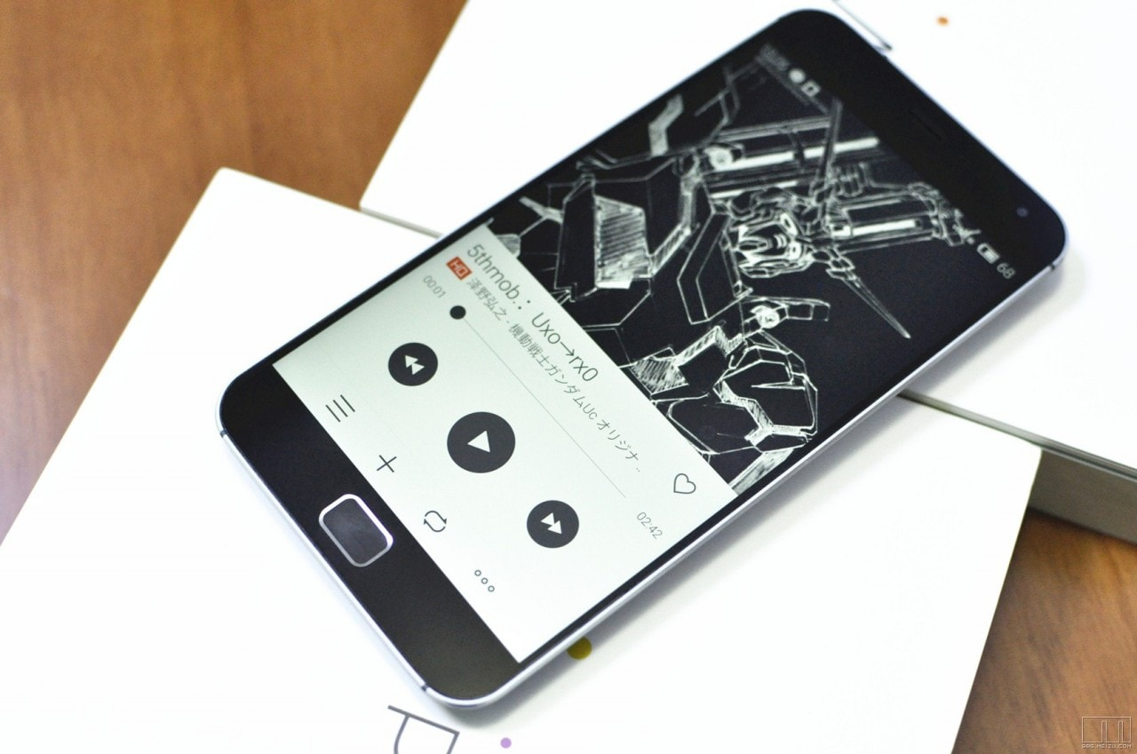 Meizu MX4 Pro close up - 3