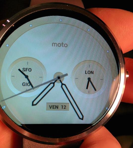 Motorola Moto 360 avrebbe problemi di allineamento delle watch face dopo l'aggiornamento a Lollipop (foto)