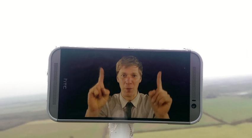 HTC One (M8) spediti in orbita sopravvivono e tornano indietro a ritmo di metal (Video)