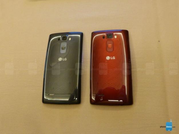 LG G Flex 2 hands-on - 1