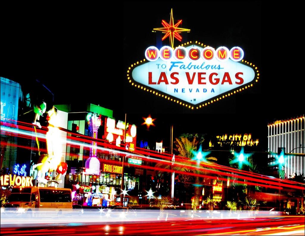 Android Auto ci accompagna ad uno dei molti matrimoni di Las Vegas (video)