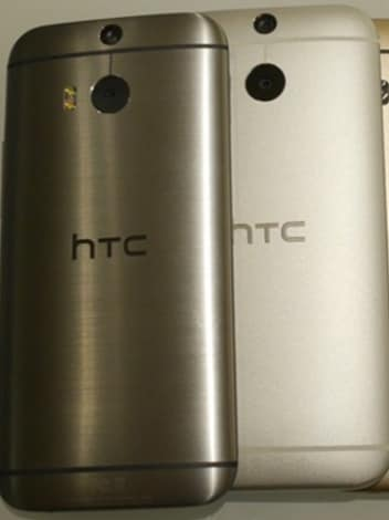 Leaked-photos-allegedly-reveal-HTCs-next-flagship-phone3