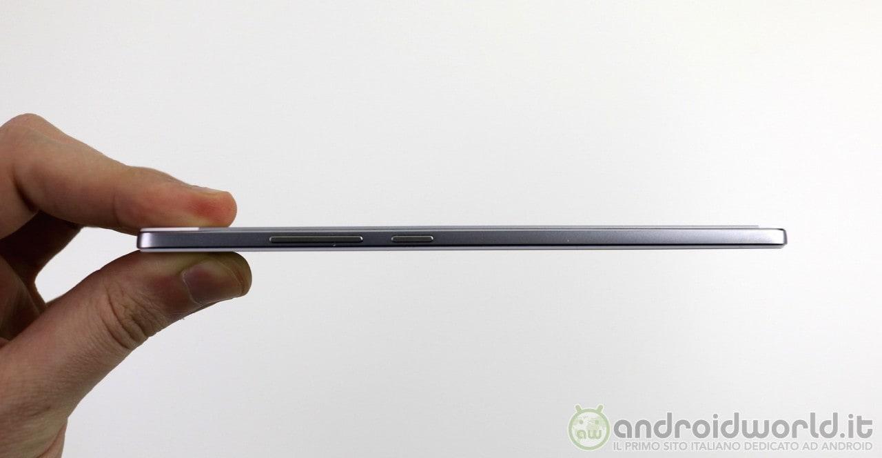 Oppo prepara R7, un nuovo smartphone super sottile
