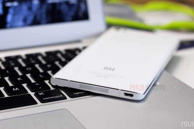 Xiaomi Mi Note hands-on close-up - 1